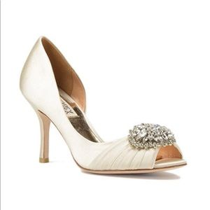 Badgley Mischka Pearson white satin heels